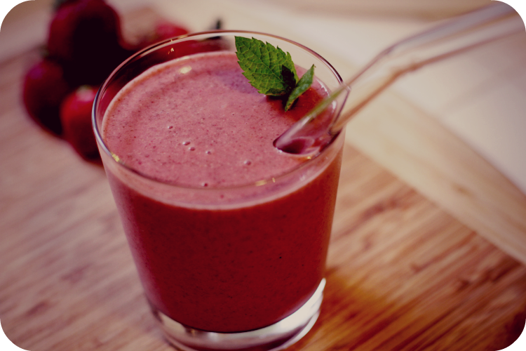strawberry chia smoothie