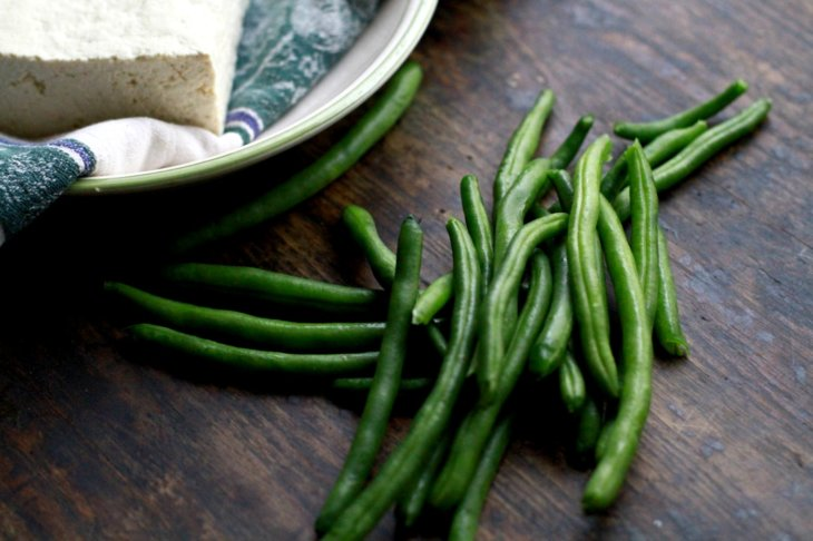 green beans and tofu