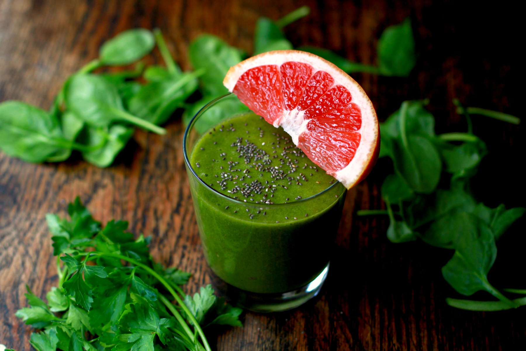 grapefruit and greens smoothie