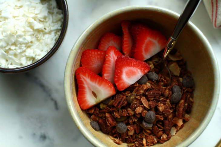 chocolate pecan granola with tahini